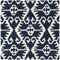 Safavieh Hand-made Wyndham Royal Blue/ Ivory Wool Rug (5' Square)