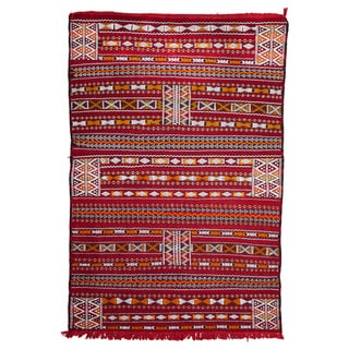 Moroccan Handmade Embroidered Wool Kilim Rug (4'3 x 6')