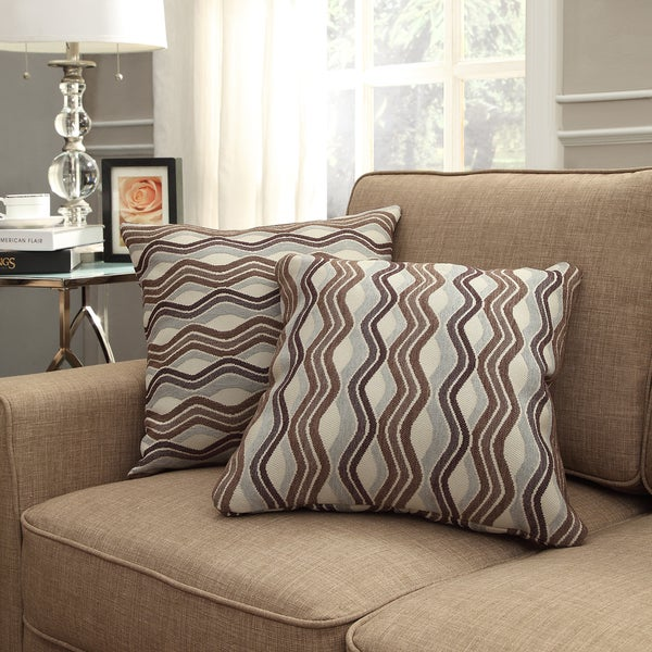 INSPIRE Q Clybourn 18-inch Toss Mocha Wavy Stripe Accent Pillow (Set of 2)