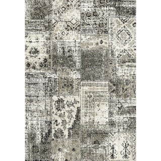 Eternity Patchwork Black/ Silver Rug (6'7 x 9'6)