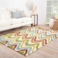 Hand-hooked Indoor/ Outdoor Solid Pattern Multi Rug (5' x 7'6)