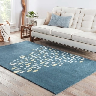 Shoal Handmade Animal Blue/ Gray Area Rug (5' X 8') - 5' x 8'