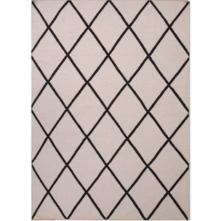 Reversible Handmade Flat-weave Geometric Pattern Gray/ Black Rug (5' x 8')