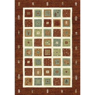 Eternity Quilt Red/ Beige Rug (5'3 x 7'7)