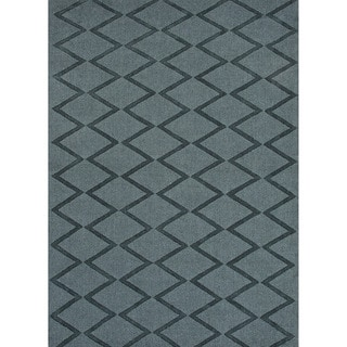 Hand-woven Solids Solid Pattern Gray/ Black Rug (5' x 8')