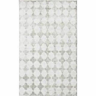 nuLOOM Hand-knotted Viscose Moroccan Trellis Rug SIlver (5' x 8')