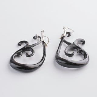 Fancy Fin Earrings (Indonesia)