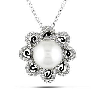 Miadora Sterling Silver Pearl and 1/4ct TDW Diamond Necklace (H-I, I2-I3)