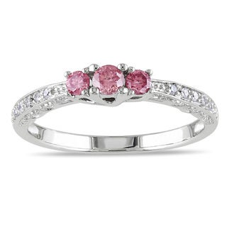 Miadora 10k White Gold 1/4ct TDW 3-Stone Pink and White Diamond Ring (H-I, I2-I3)