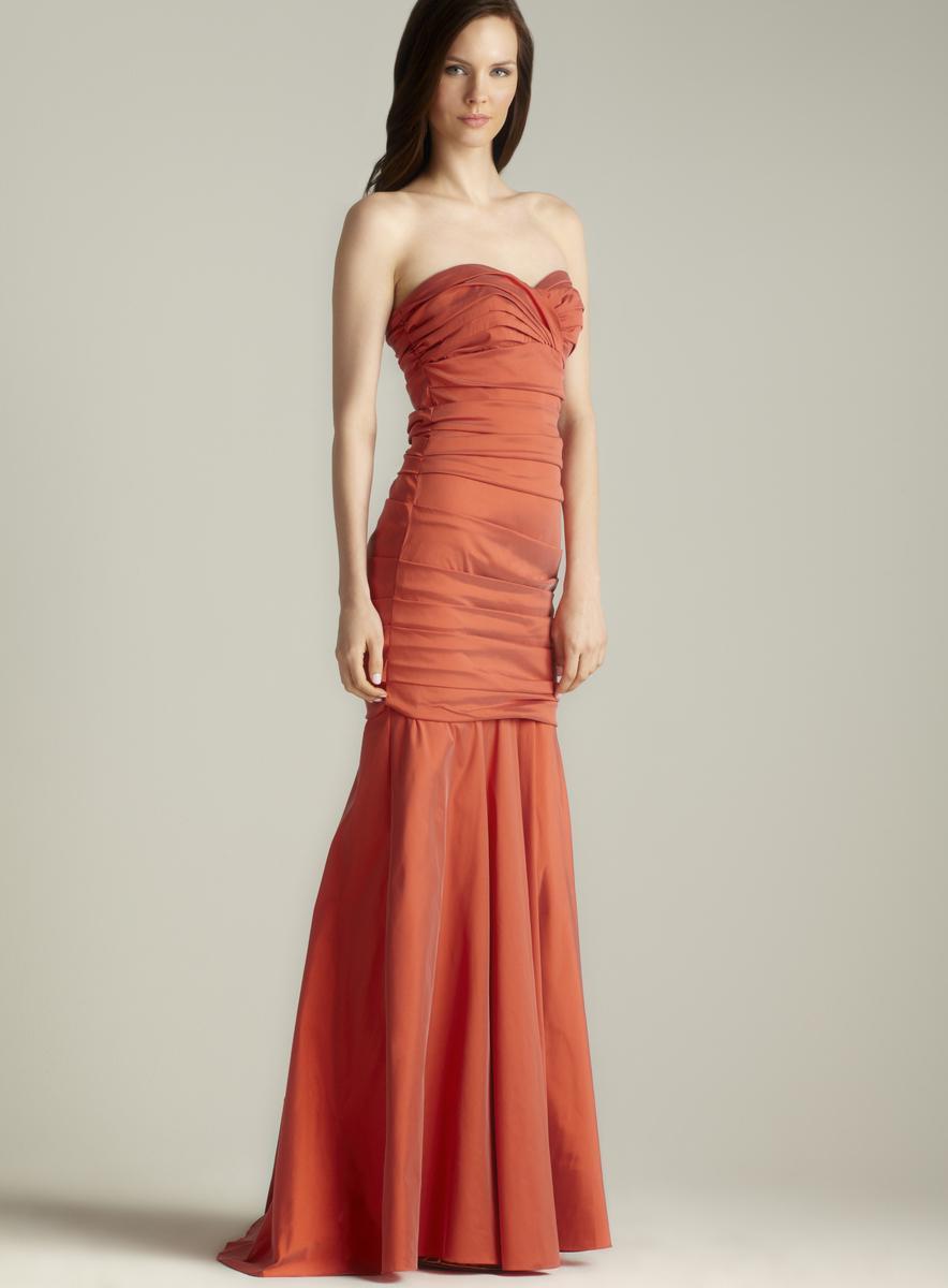 Theia Stretch Stapless Gown