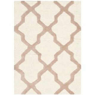 Safavieh Handmade Moroccan Cambridge Ivory Wool Rug (2' x 3')