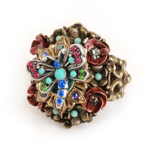 Sweet Romance Dragonfly and Roses Ring
