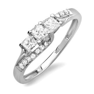 14k White Gold 1/2ct Princess and Round 3-Stone Diamond Ring (H-I, I1-I2)