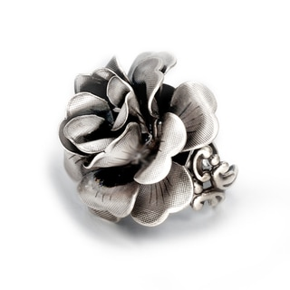 Sweet Romance Silvertone Black Crystal Rose Ring