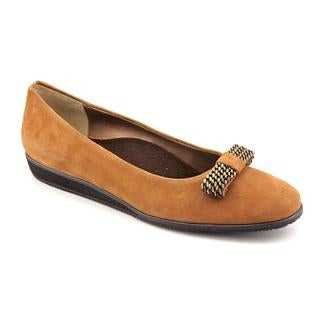 Vaneli Women's 'Agnessa' Leather Casual Shoes - Narrow