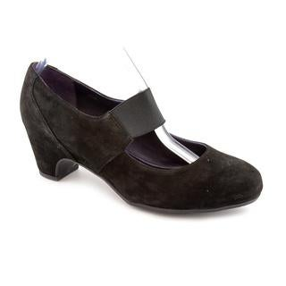 Vaneli Women's 'Samiha' Regular Suede Dress Shoes - Narrow