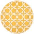 Safavieh Handmade Moroccan Cambridge Gold/ Ivory Wool Rug (6' Round)