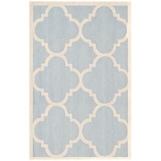 Safavieh Handmade Moroccan Cambridge Light Blue/ Ivory Wool Rug (4' x 6')