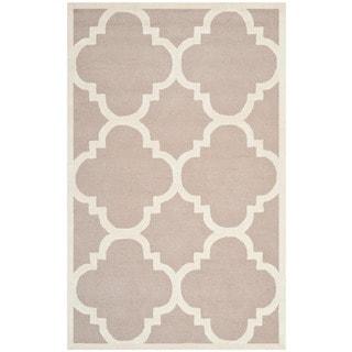 Safavieh Handmade Moroccan Cambridge Beige/ Ivory Wool Rug (5' x 8')