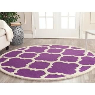 Safavieh Handmade Moroccan Cambridge Purple/ Ivory Wool Rug (6' Round)
