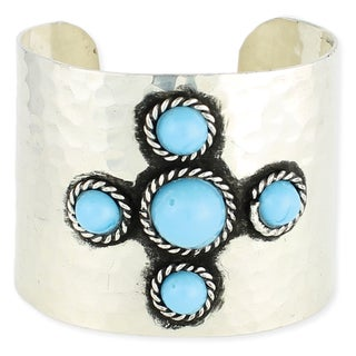 Handcrafted Silvertone Hammered Turquoise Glass Beads Cuff Bracelet (India)