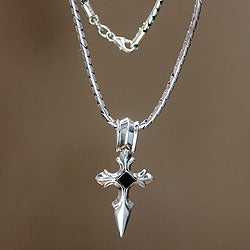 Sterling Silver Men's 'Protector' Onyx Cross Necklace (Indonesia)