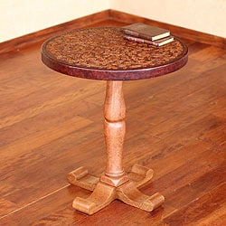 Tornillo Wood and Leather 'Colonial Floral Light' Accent Table (Peru)