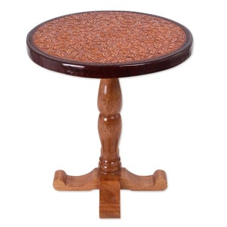Handmade Tornillo Wood and Leather Colonial Floral Light End Table (Peru)