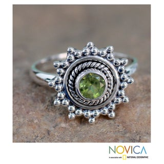 Sterling Silver 'Lime Princess' Peridot Ring (India)
