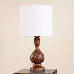 Handcrafted Parota Wood 'Acanthus Light' Table Lamp (Mexico)