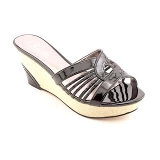 Charles By Charles David Women's 'Kveta' Patent Leather Sandals (Size 7 )