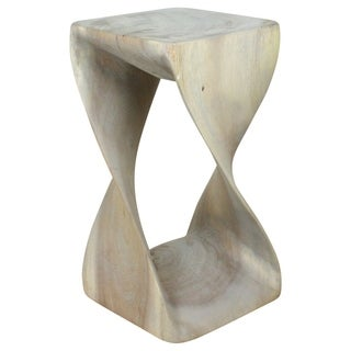 Hand-carved 10 x 18-inch Agate Grey Twist Stool (Thailand)