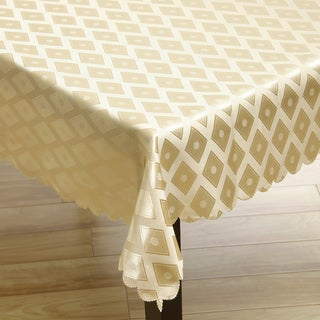 "Two-tone Gold Diamond Damask Tablecloth (57""x119"")"