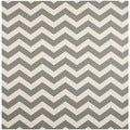 Safavieh Indoor/ Outdoor Courtyard Grey/ Beige Polyproplene Rug (5'3 Square)