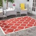 Safavieh Indoor/ Outdoor Courtyard Trellis-pattern Red/ Bone Rug (4' x 5'7)