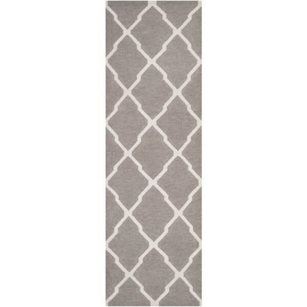 Safavieh Hand-woven Moroccan Reversible Dhurrie Dark Grey Wool Rug (2'6 x 6')