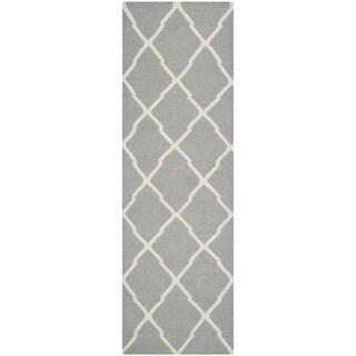 Safavieh Hand-woven Moroccan Reversible Dhurrie Grey Wool Rug (2'6 x 6')