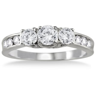 10K White Gold 1ct TDW Round Diamond Three Stone Ring (I-J, I2-I3)