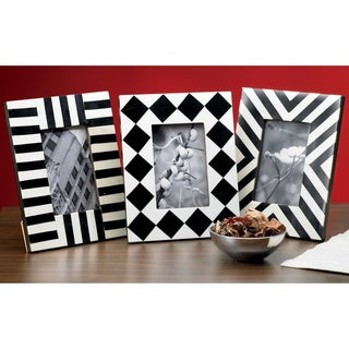 "Set of 3 Horn and Bone Geometric 4x6"" Frames"