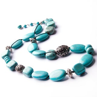 Turquoise Howlite and Silver Bead Hand-knotted Necklace (China)