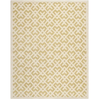 Safavieh Handmade Moroccan Chatham Light Gold/ Ivory Geometric Pattern Wool Rug (6' x 9')