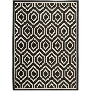Safavieh Indoor/ Outdoor Courtyard Geometric Black/ Beige Rug (8' x 11')
