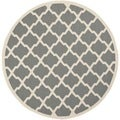 Safavieh Indoor/ Outdoor Courtyard Anthracite/ Beige Rug (6'7 Round)