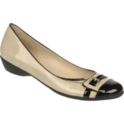 Women's Naturalizer Heath Onyx Beige Polyurethane/Black Shiny Polyurethane