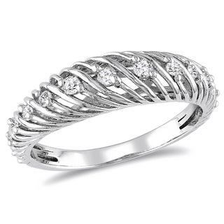 Haylee Jewels Sterling Silver 1/4ct TDW Round-cut Diamond Ring (H-I, I2-I3)