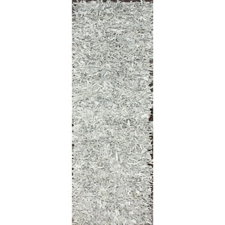 nuLOOM Handmade Alexa White Leather Shag Runner Rug (2'6 x 4'2)