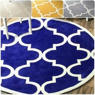 nuLOOM Handmade Luna Moroccan Trellis Round Rug (6' Round)
