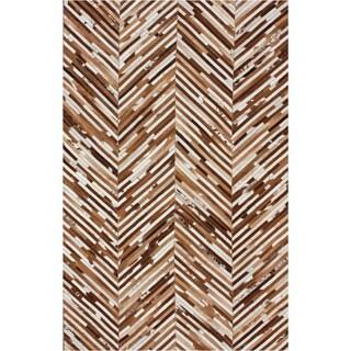 nuLOOM Handmade Chevron Brown Cowhide Leather Rug (5' x 8')