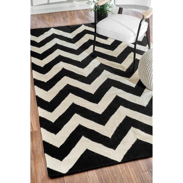 nuLOOM Handmade Flat Weave Chevron Wool (7'6 x 9'6)