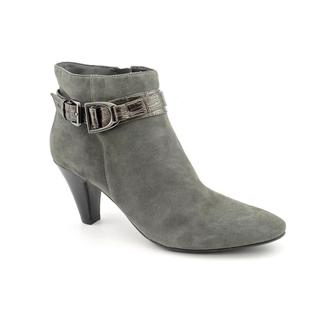 Bandolino Women's 'Flightie' Regular Suede Boots